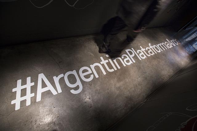Imagen del hashtag representativo del programa presentado por Argentina Plataforma ARCO