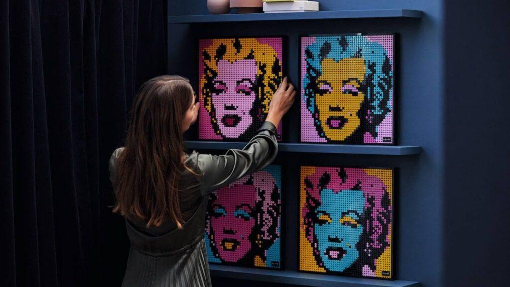 cuatro versiones del set Lego Art Mosaic Marilyn Monroe